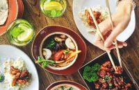 Näin järjestät aasialaistyyppiset päivälliskutsut